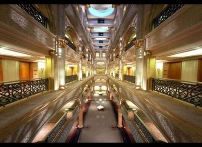 ثروة سلطان بروناي أغنى رئيس 11.jpg