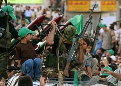 صور عرض عسكري لمجاهدين حماااااااااااااس.......غزة 21