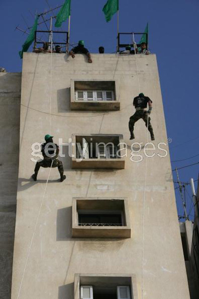 صور عرض عسكري لمجاهدين حماااااااااااااس.......غزة 24