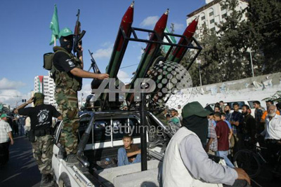 صور عرض عسكري لمجاهدين حماااااااااااااس.......غزة 27