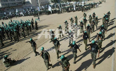 صور عرض عسكري لمجاهدين حماااااااااااااس.......غزة 29