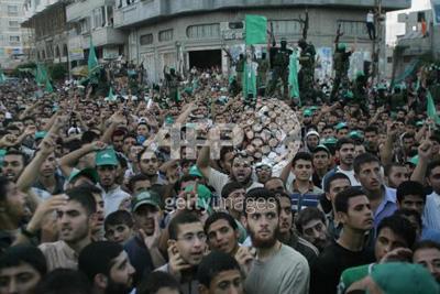 صور عرض عسكري لمجاهدين حماااااااااااااس.......غزة 30