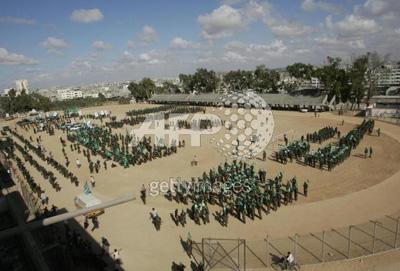 صور عرض عسكري لمجاهدين حماااااااااااااس.......غزة 33