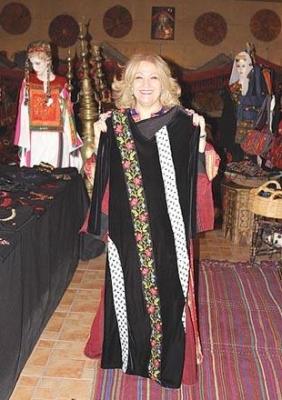 اثواب  فلسطينية ولقاء مع مها السقا بيت لحم 11