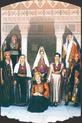 اثواب  فلسطينية ولقاء مع مها السقا بيت لحم 13