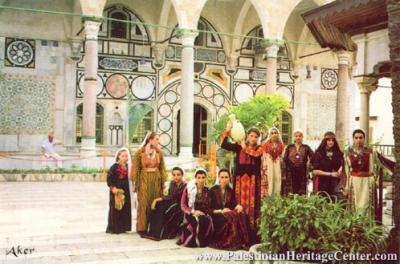 اثواب  فلسطينية ولقاء مع مها السقا بيت لحم 14