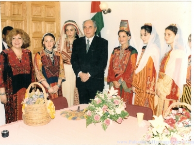اثواب  فلسطينية ولقاء مع مها السقا بيت لحم 18