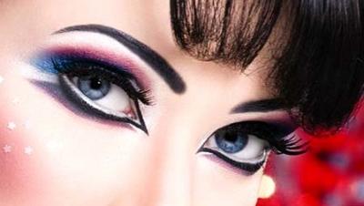 رد: صور لماكياج خبيرة التجميل الخليجية امنة الظاهر