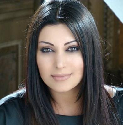 """بالصور مايا نصري تدافع عن الكليب الفاضح لرزان المغربي :""""رزان حرة تفعل ما تشاء داخل منزلها"""""""