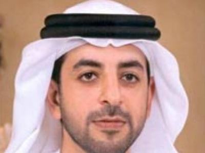 تفاصيل سقوط طائرة الشيخ أحمد بن زايد:حاول بعد سقوط الطائرة الخروج منها وتمكن من فك الحزام الذي كان يربطه إلى المقعد