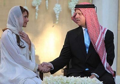 العاصفة زواج آل هاشم