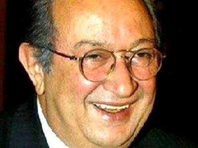 مفاجآت مثيرة خلال محاكمة 3 صحفيين اتهموا نور الشريف بالشذوذ