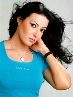 سمية الخشاب تستعد لألبومها الجديد بعد عودتها من دمشق
