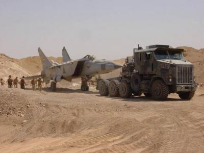 صور إكتشاف القوات الأمريكية لطائرات صدام الحربية في رمال الصحراء 9121754845
