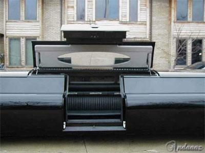 صور سيارة بيل قيتس مالك شركة مايكروسوفت Microsoft-owner-car-2