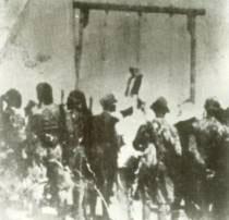 صور اعدام الشهيد عمر المختار 3.jpg