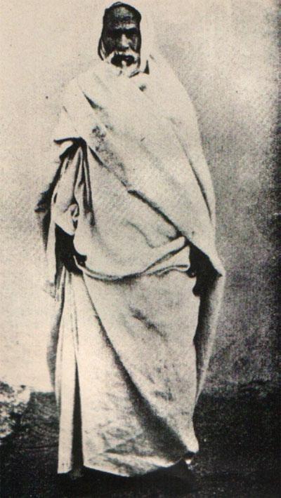 الشيخ  المجاهد الشهيد أسد الصحراء عمر المختار  6