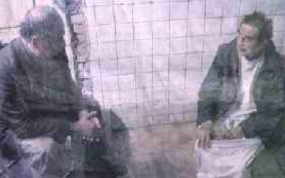 صور نادرة لصدام  مع الجلبي داخل السجن في بغداد