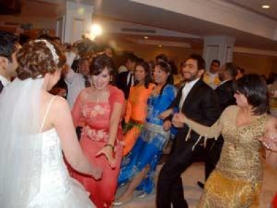 بالصور .. حفل زفاف شقيق تامر حسني