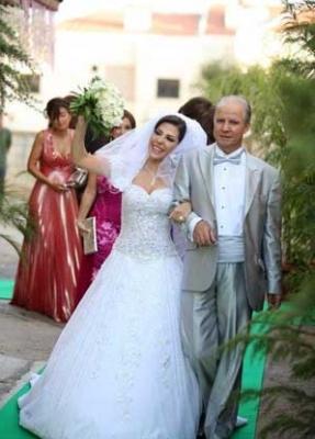 زفاف نانسى عجرم 2011 25679230411.jpg