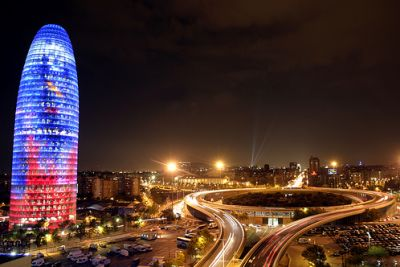 برشلونة وسحر خاص 3872619886.jpg