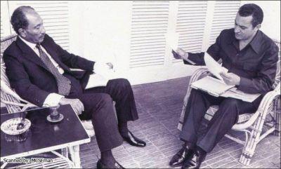 حسني مبارك في صور نادرة 39077006517.jpg