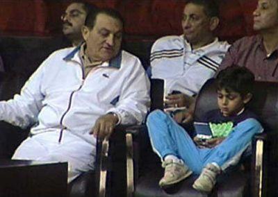 حسني مبارك في صور نادرة 3907700652.jpg