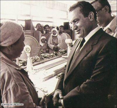 حسني مبارك في صور نادرة 39077006524.jpg