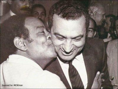 حسني مبارك في صور نادرة 39077006525.jpg