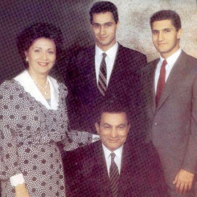 حسني مبارك في صور نادرة 3907700656.jpg
