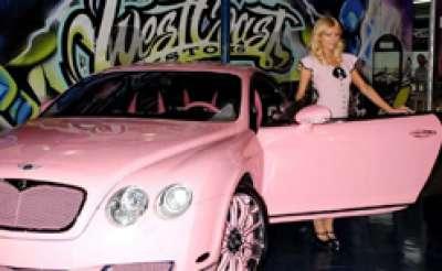 باريس هيلتون وسيارتها بنتلي كونتنينتال الوردية 3909760120.jpg