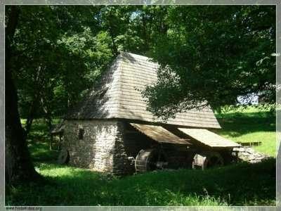صور ومناظر طبيعية من رومانيا 3909763126