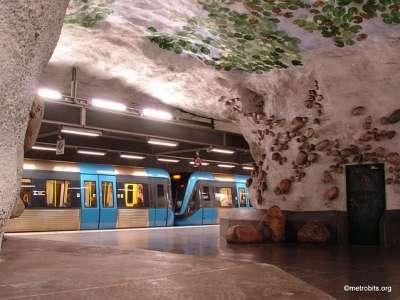 مترو إستكهولم تحفة فنية الارض..شاهد 3909766972.jpg