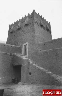 بصور رونق السعودية 1942م 3909773845.jpg