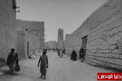 بصور رونق السعودية 1942م 3909773855.jpg