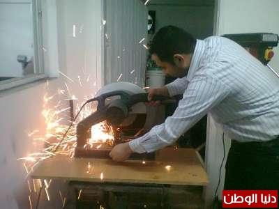 طلبة غزيون يبتكرون مولداً كهربائياً