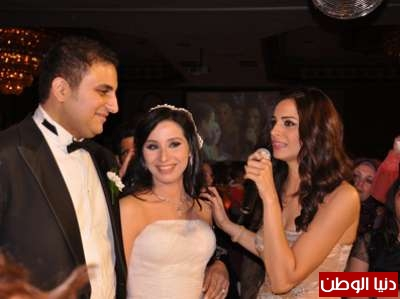 بالصور زفاف شقيق المطربة امال ماهر واحياء حماقي لذلك الحفل   3909809005