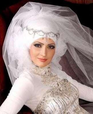 أحدث لفات الطرح للعرائس 3909813594.jpg