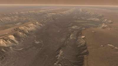 اكتشاف وادي بالمجموعة الشمسية
