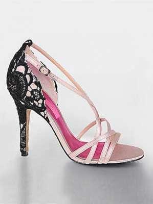 أحذية الدانتيل ناعمة، شاعرية وجذابة 3909814289.jpg