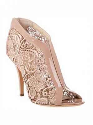 أحذية الدانتيل ناعمة، شاعرية وجذابة 3909814291.jpg