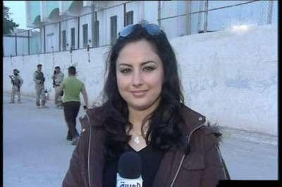 مذيعة قناة العربية: العراقية سهير القسي 3909823134.jpg