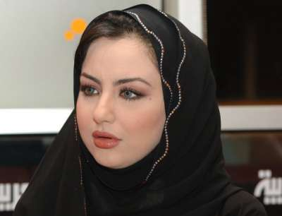 مذيعة قناة العربية: العراقية سهير القسي 3909823136.jpg