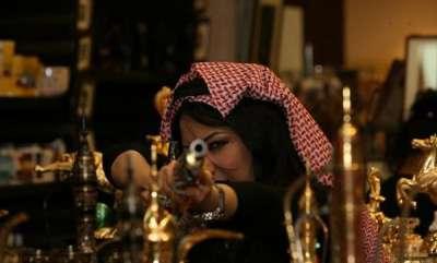 مذيعة قناة العربية: العراقية سهير القسي 3909823141.jpg