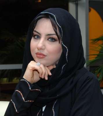 مذيعة قناة العربية: العراقية سهير القسي 3909823148.jpg