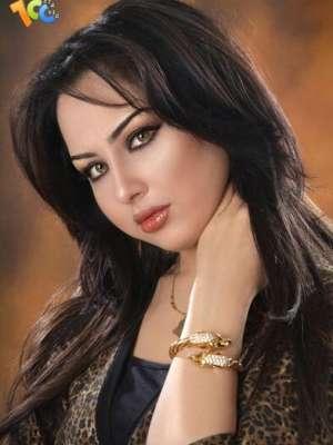 مذيعة قناة العربية: العراقية سهير القسي 3909823149.jpg