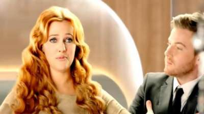 الممثلة التركية مريم أوزرلي 3909825872.jpg