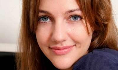 الممثلة التركية مريم أوزرلي 3909825877.jpg