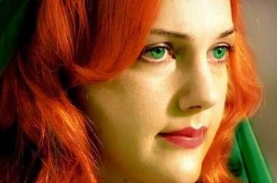الممثلة التركية مريم أوزرلي 3909827033.jpg