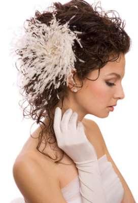تسريحات متنوعة ليوم زفافك 3909831296.jpg